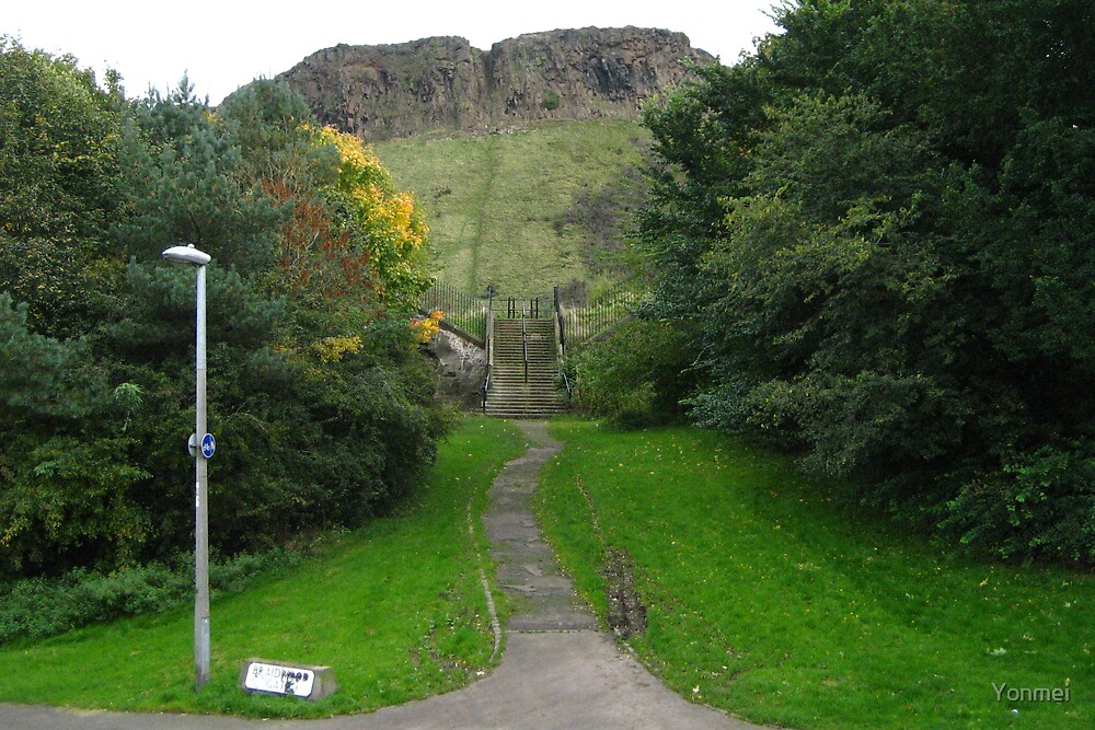 Salisbury Crags by Yonmei
