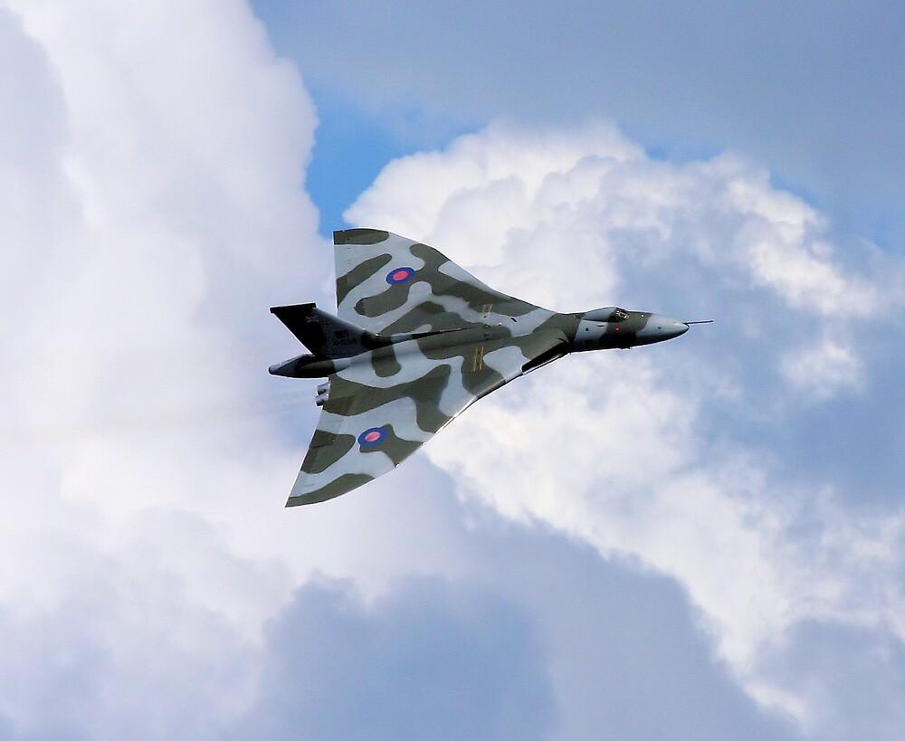 Vulcan XH558 Pose by PhilEAF92
