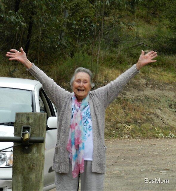 * EdsMum glücklich in Anakie Gorge, Vic Australien * von EdsMum