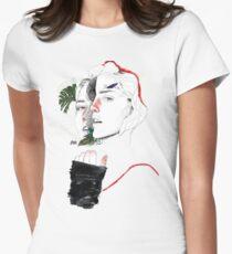 DIVISIÓN CELULAR II by elena garnu Camiseta entallada