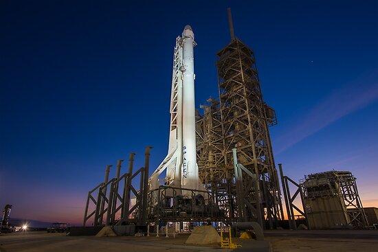 Spacex Falcon 9 und Drache von Boy-With-Hat