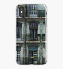 Facade à Lisbonne iPhone Case/Skin