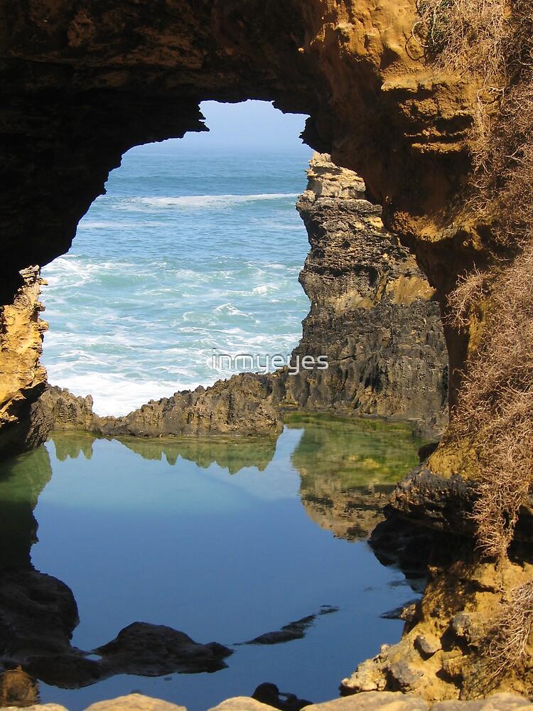 Ocean of Fury, Pool of Calm by inmyeyes