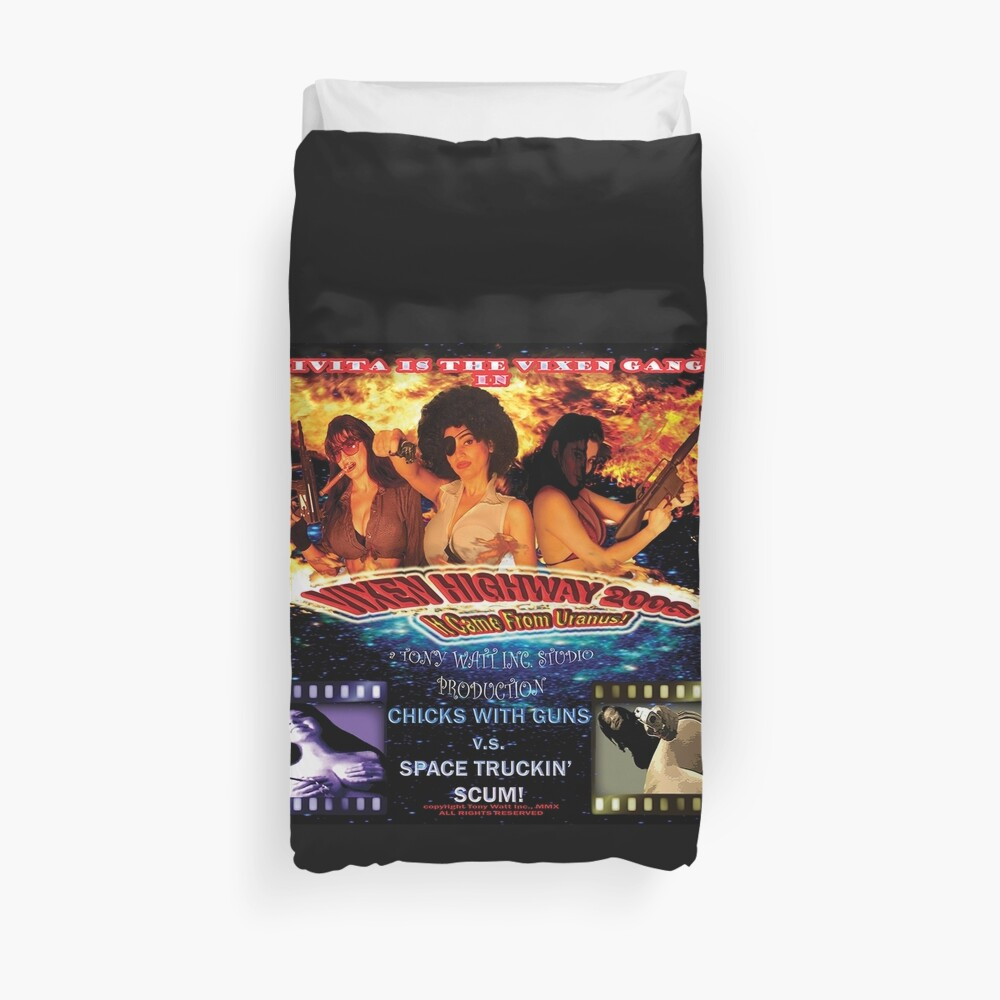 'Vixen Highway 2006: It Came from Uranus! (2010)'. - Movie Poster Duvet Cover