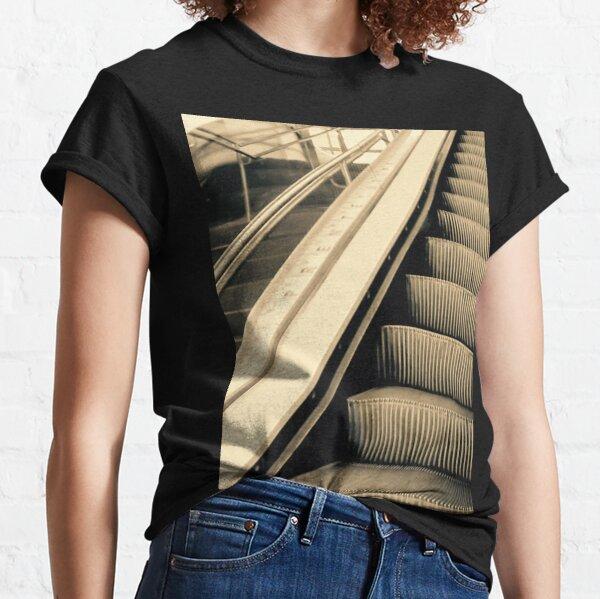 Escaleras Camiseta clásica