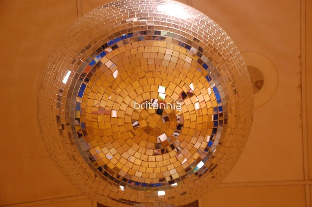 Disco's Disco Ball by britannia