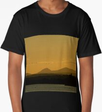 Geese over Derryveagh mountains at Twilight Long T-Shirt
