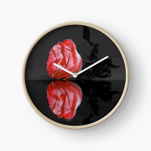 Red Rose Clock