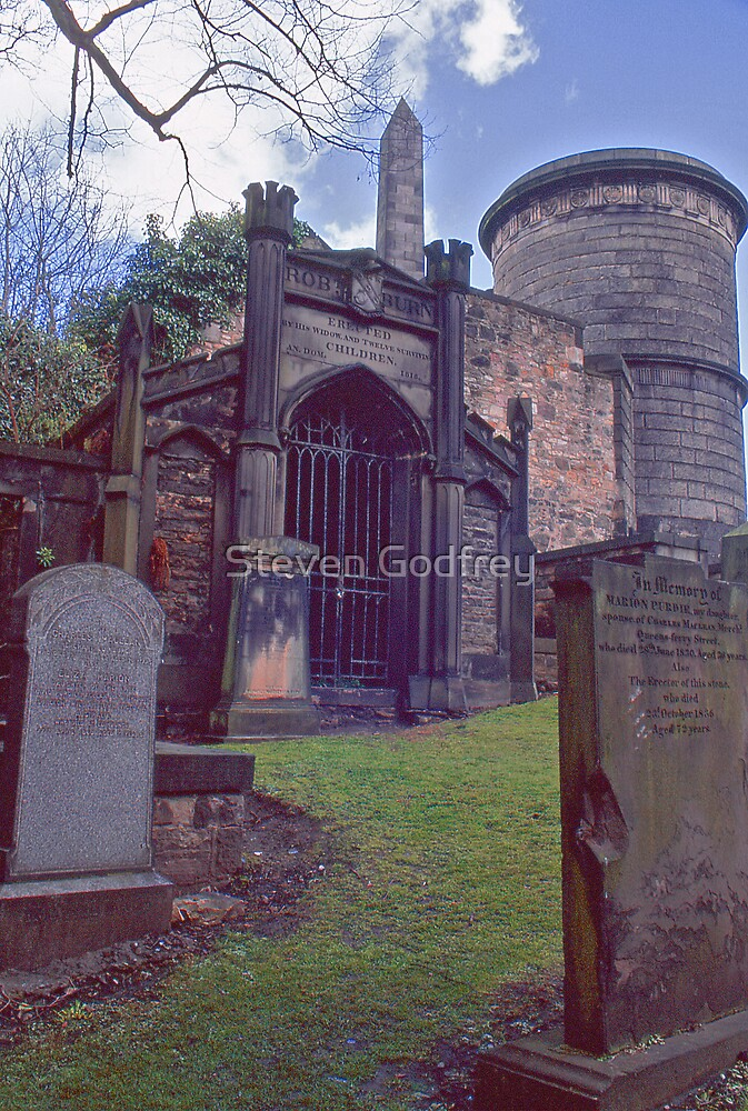 Tomb of Rob Burns - Old Calton Cemetary by Steven Godfrey