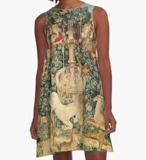 UNICORN IS FOUND / Fountain,Other Animals,Green Floral A-Line Dress