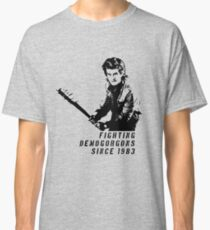 Steve Fighting (Stranger Things) Classic T-Shirt