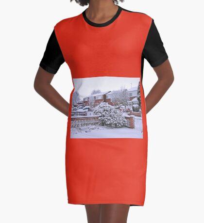 Jungfrau Schnee T-Shirt Kleid