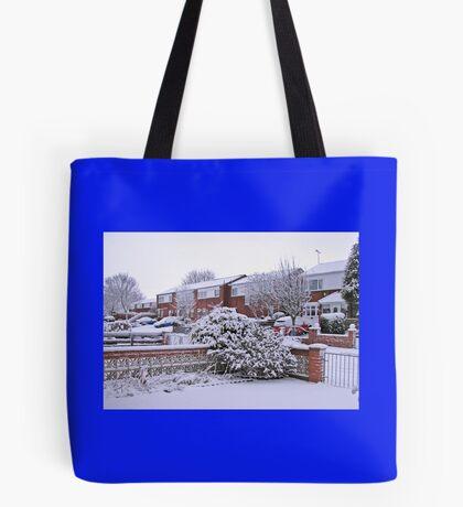 Jungfrau Schnee Tote Bag