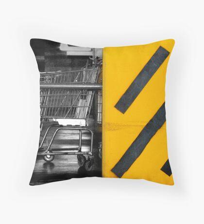 urb underground Throw Pillow