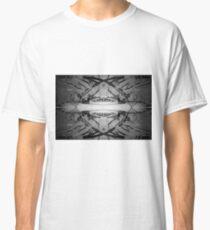 Circle work Classic T-Shirt
