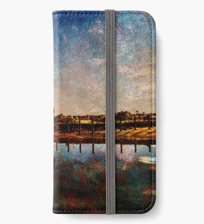 Bridport  iPhone Wallet