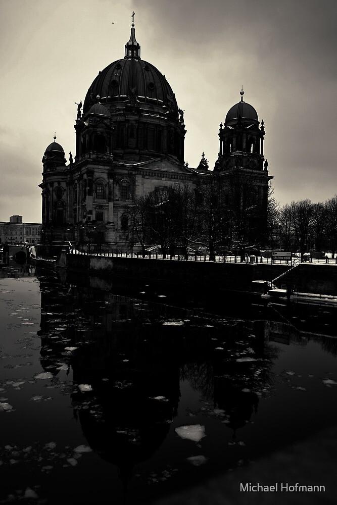 Urbanex 20 Berliner Dom Dark Black and White von Michael Hofmann