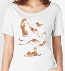 Cheetah poses Women's Relaxed Fit T-Shirt