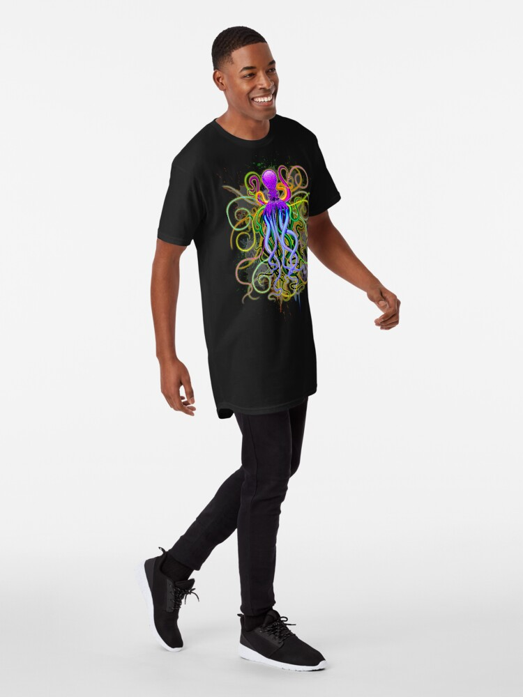 Vista alternativa de Camiseta larga Pulpo de luminiscencia psicodélica