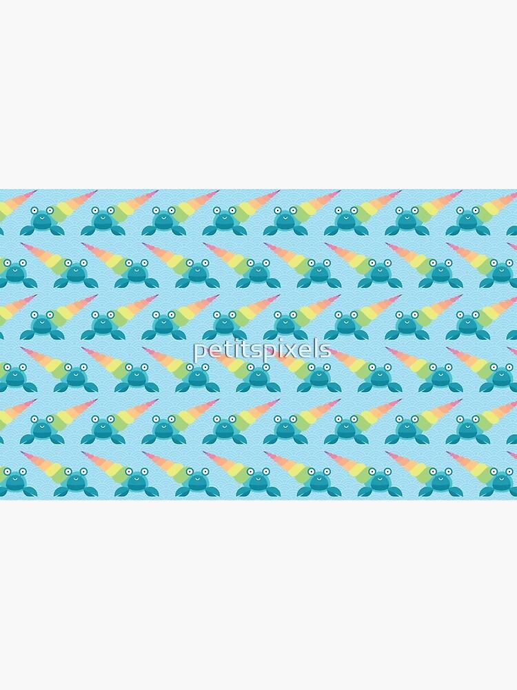 Rainbow hermit crab by petitspixels