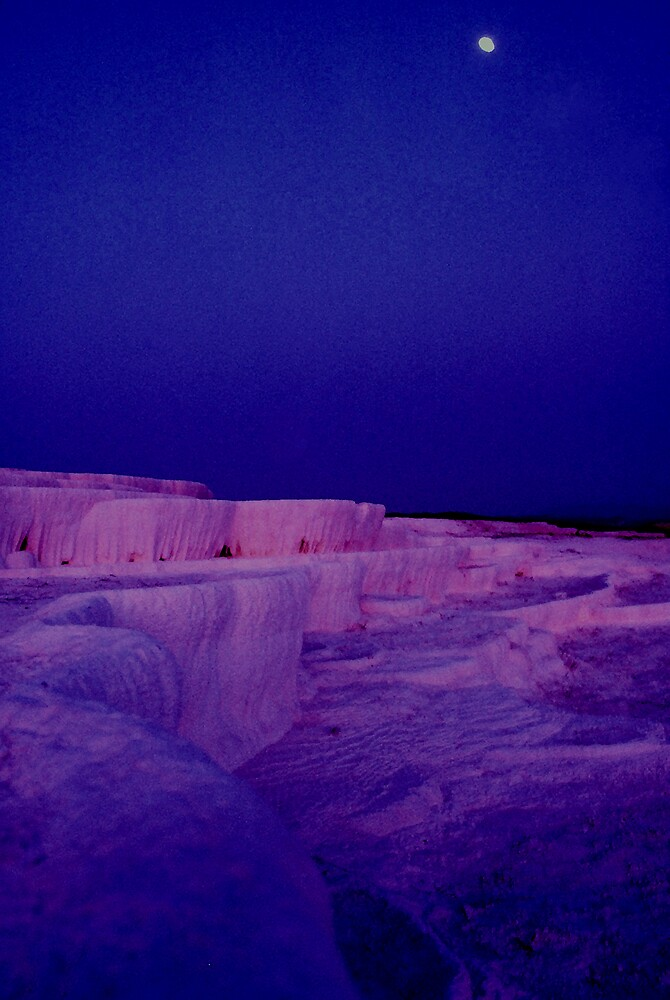 Pamukkale by the moon by dargan