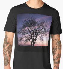 Two Trees embracing Men's Premium T-Shirt