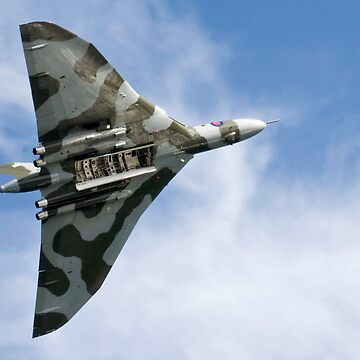 Vulcan XH558 by pursuits