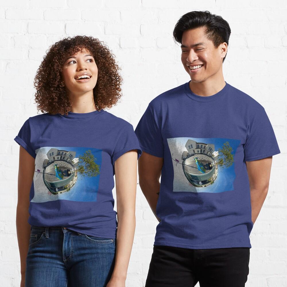 Cow Parade - diaspora Classic T-Shirt