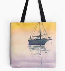 Sonnenaufgang Segelboot in den Maritimes Tote Bag