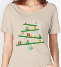 Donkey Kong Christmas Women's Relaxed Fit T-Shirt