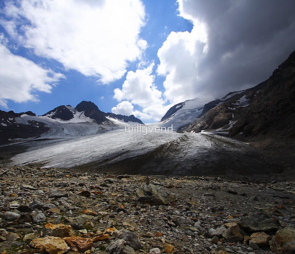 Glacier de Saint Sorlin d'Arves by Willy Vendeville