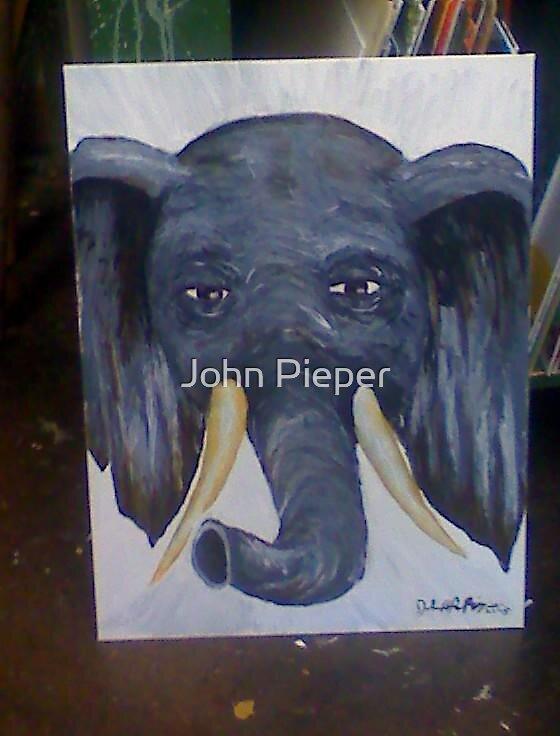 L'elephant by John Pieper