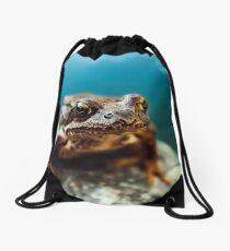 Frog at the blue pond Drawstring Bag