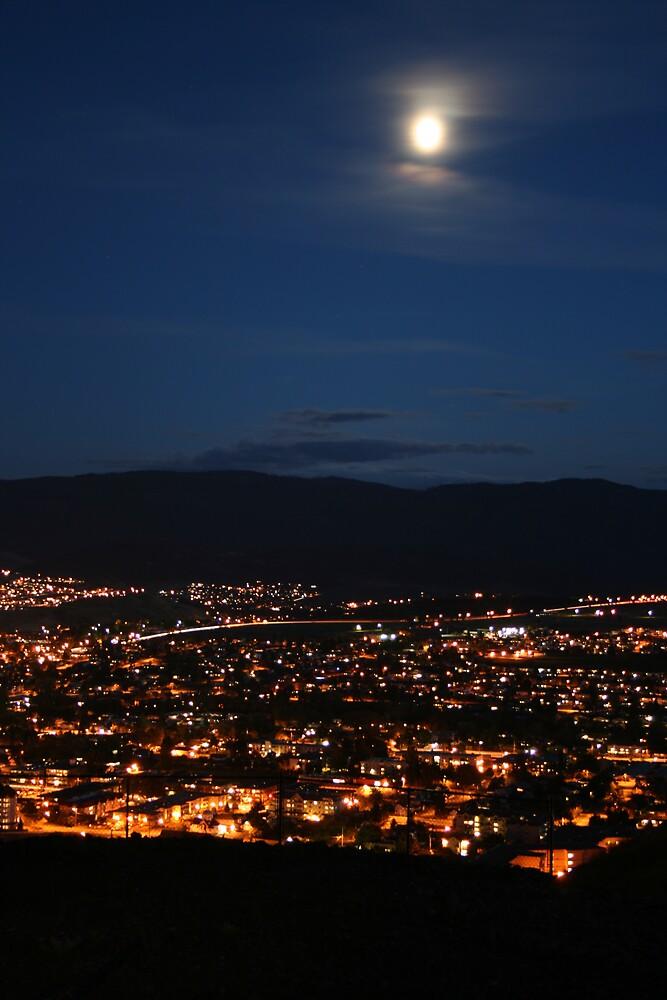 Little City Lights by SpringLupin