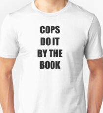 Halloween 4 - Cops do it by the book Unisex T-Shirt