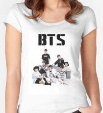 BTS-Gruppe Tailliertes Rundhals-Shirt