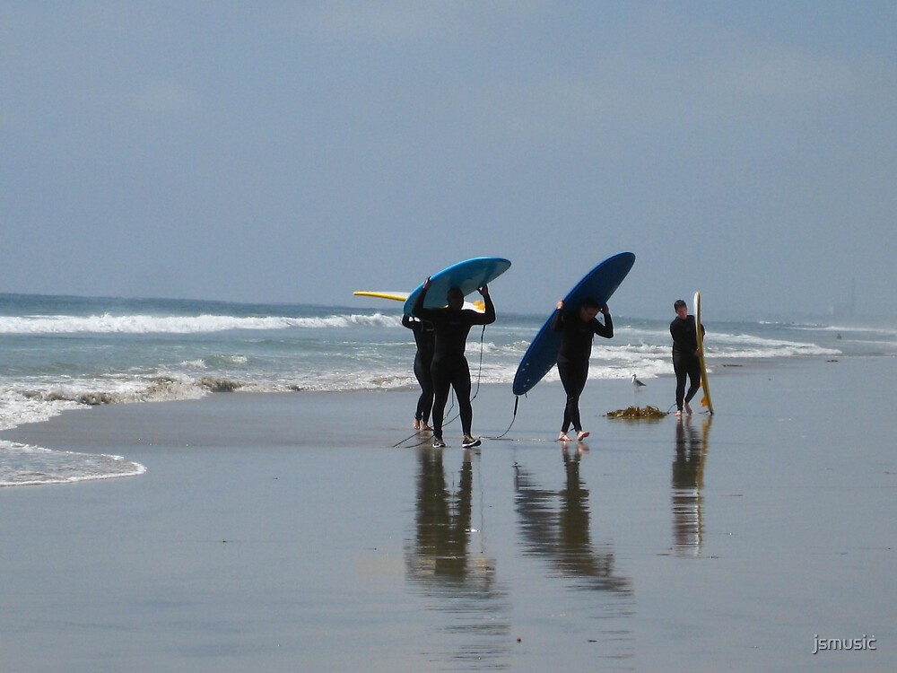 Surfers  by jsmusic