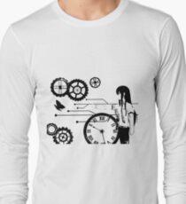 Steins Gate - Makise Kurisu Trapped in Time T-Shirt