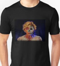 Two faces of same pirate-medal T-Shirt
