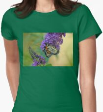 Sipping Nectar Women's Fitted T-Shirt