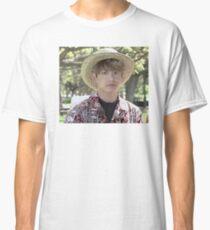 Puffy Jungkook in Hawaii Classic T-Shirt