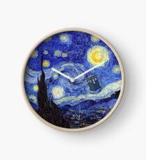 Une nuit étoilée Inspiration montagne Van Gogh avec Tardis Horloge