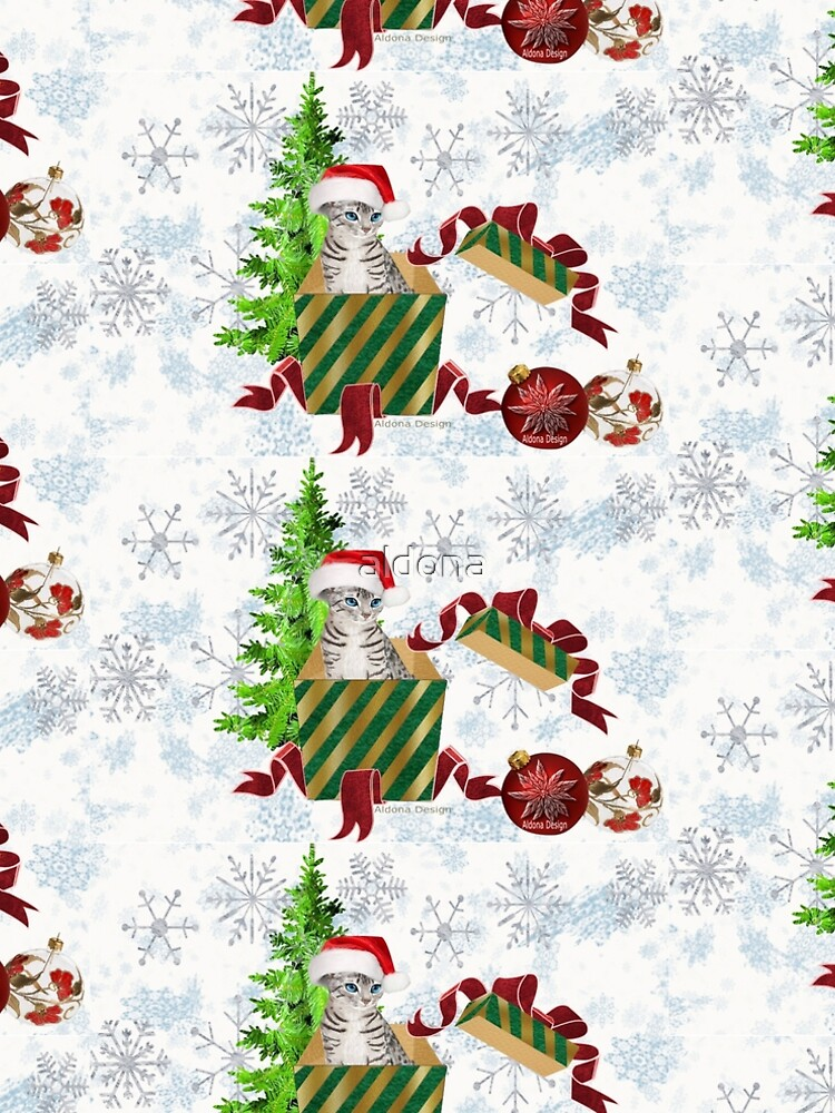 Christmas Cat  (6663 Views) by aldona
