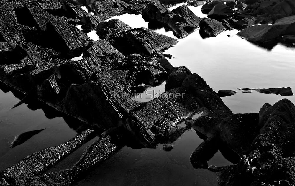 Angled Rock Pools by Kevin Skinner