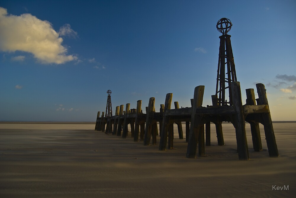 St. Annes Jetty I by KevM