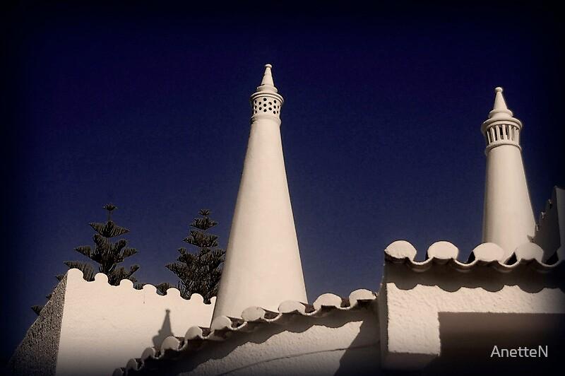 Rooftops in Luz by AnetteN