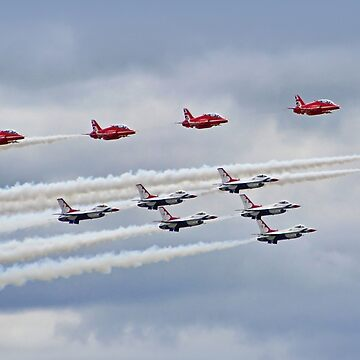The Red Arrows and USAF Thunderbirds At RIAT 2017 by Arrowman