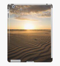 Wave after wave iPad Case/Skin