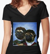 Camiseta entallada de cuello en V pugs