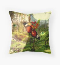 EYE CONTACT WITH NATURE Throw Pillow